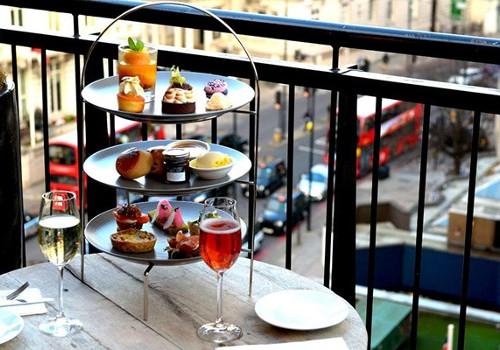 Knightsbridge Cafe London