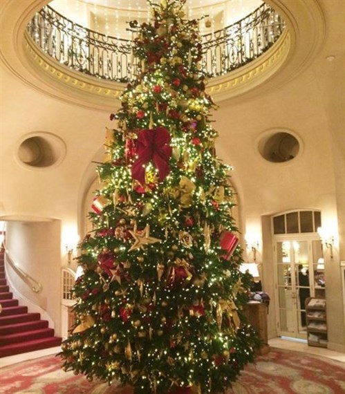 Christmas At The Ritz London.Top 10 Christmas Trees In London Hotels