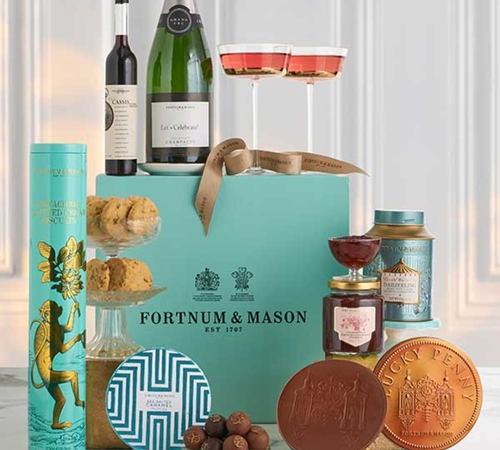 Wedding blog- Fortnum Hamper
