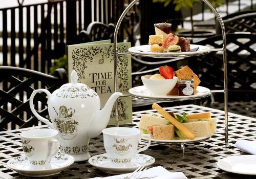 Teatime – England's 5pm tea!