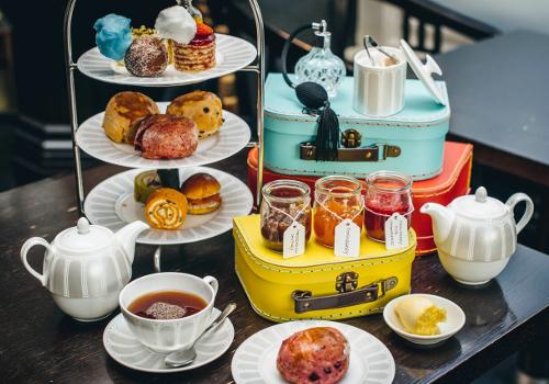 """Résultat de recherche d'images pour """"grosvenor victoria afternoon tea"""""""