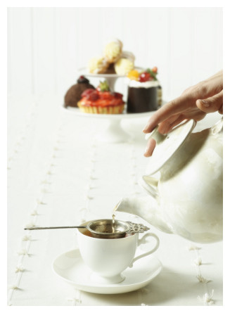 Afternoon Tea Etiquette - Top 10 Dos & Don'ts | UK Guide